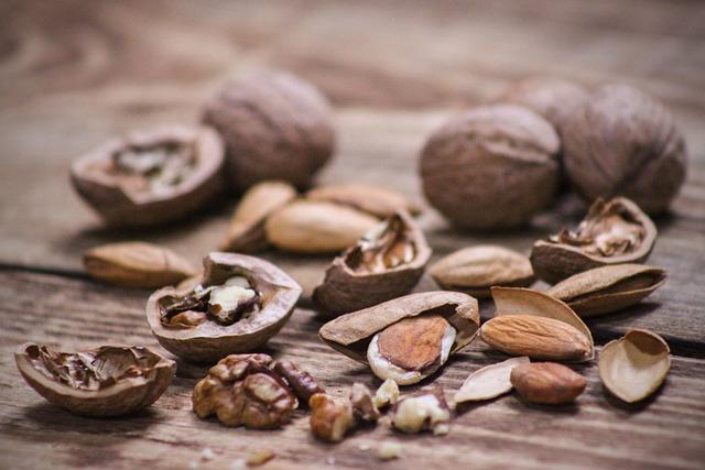 Nuts, Walnut, Almond, Walnuts, Still Life