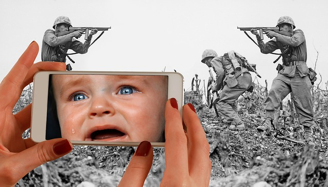 Forward, Child, Cry, Soldiers, War, Victims, World War