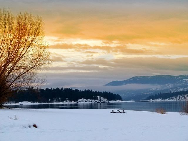 Lake Roosevelt, Washington State, Usa, Landscape