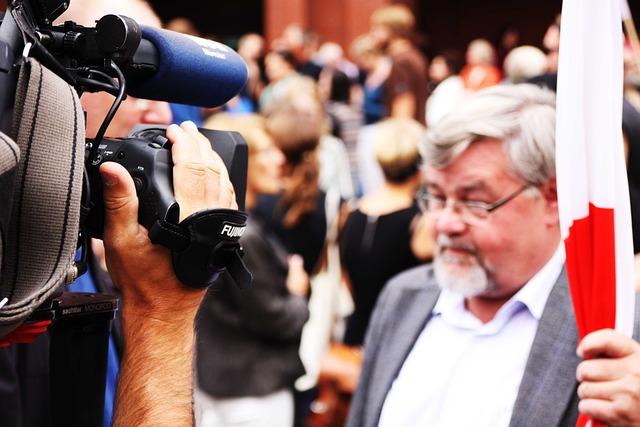 Watch Tv, Camera, Interview, Tv, Human, Media, Man