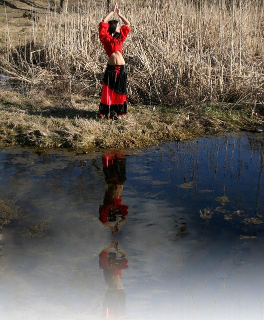 Gipsy, Dance, Lake, Reflection, Water, Red, Beauty