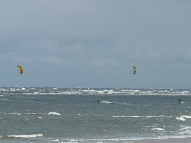 Kite Surfing, Water Sports, Sport, Kiteboarding