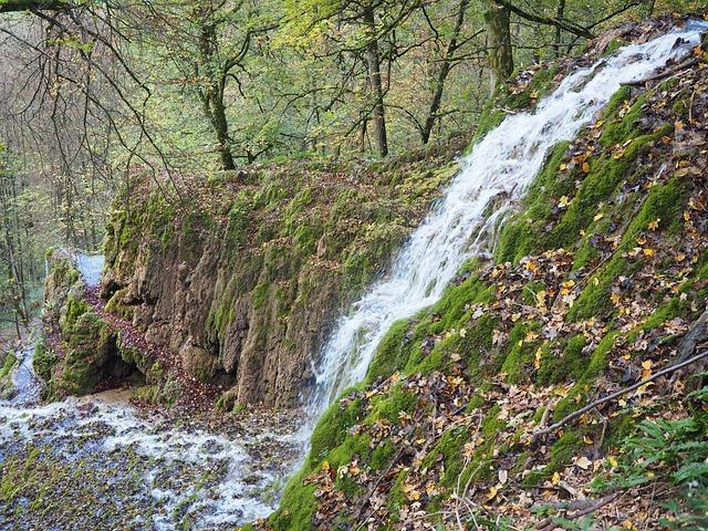 Waterfall, Water, Goods Wasserfall, Kalktuffberg, Tufa