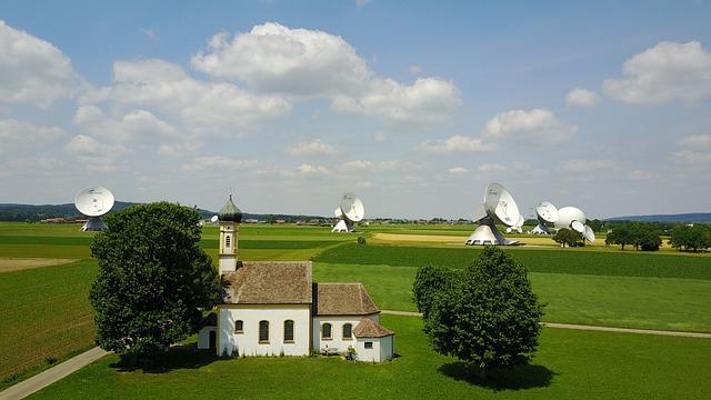 Earth Station, Antennas, Radio Antenna, Wave