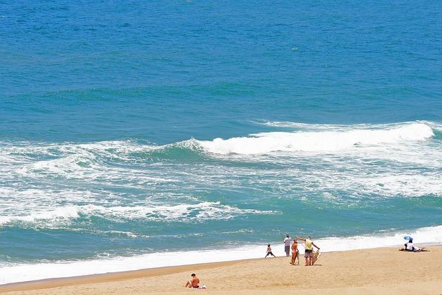 Sea, Ocean, Water, Waves, Cresting, Foam, Shore, Beach