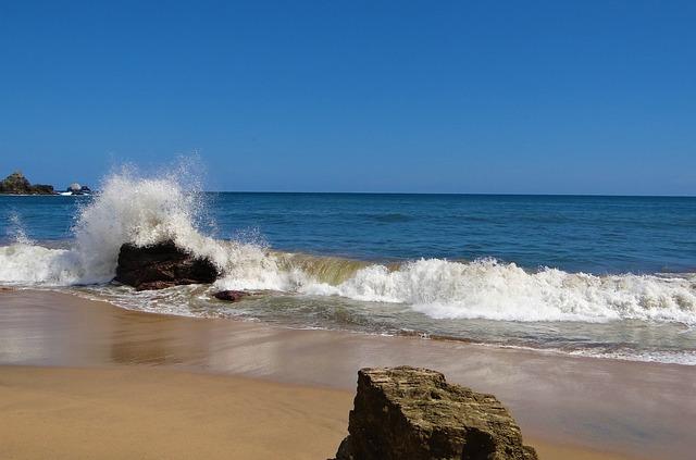 Body Of Water, Waves, Sea, Wave, Beach