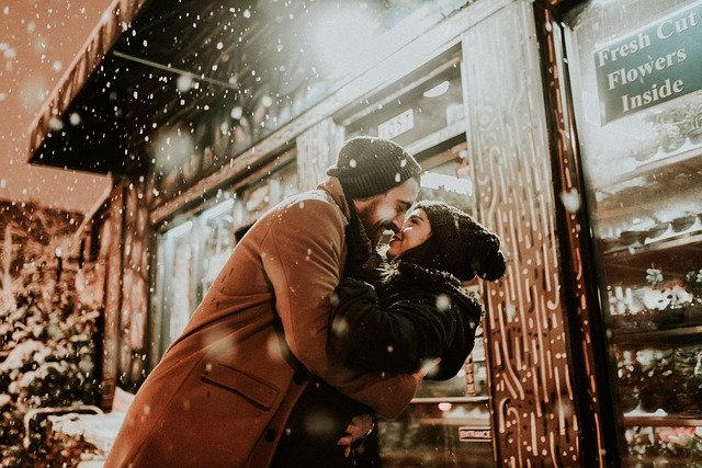 People, Man, Woman, Cold, Weather, Couple, Kiss, Love