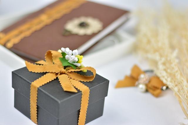 Gift, Webbing, Packaging
