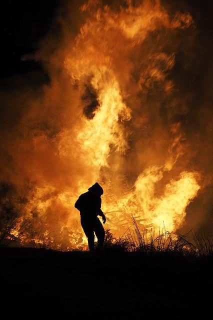 Fire Free, Fire Devil, Weir