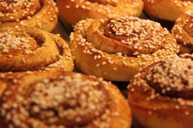 Buns, Cinnamon, Nib Sugar, Coffee Break, Wheat Dough