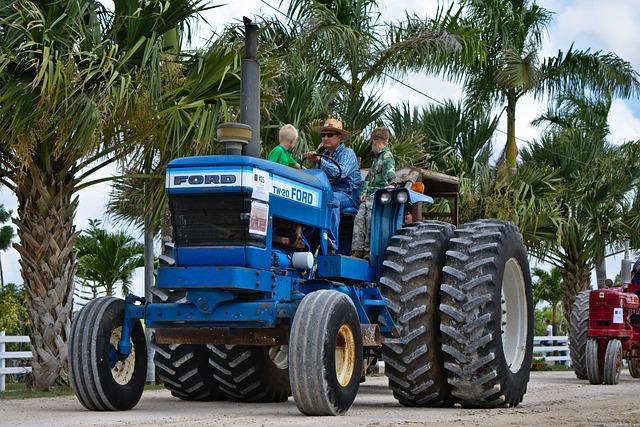 Tractor, Big, Farmer, Heavy, Equipment, Wheels