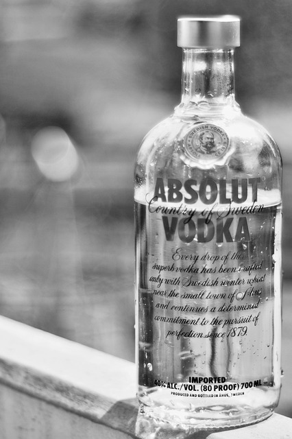 Alcohol, Drink, Object, Glass, Black, White