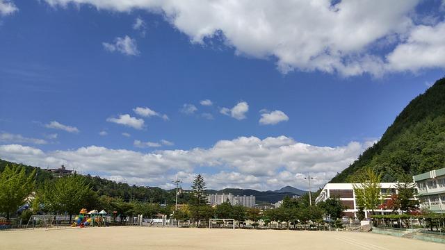 Autumn Sky, White Clouds, School Scenery, Taebaek