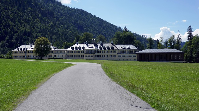 Wildbad-kreuth, Retreats, Political Domicile, Holiday