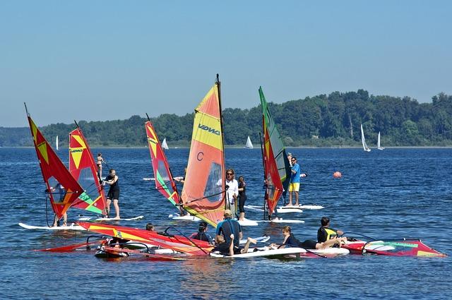 Surfing, Windsurfing, Sport, Leisure, Wind Surfing