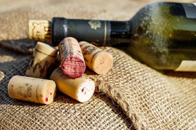 Cork, Wine Corks, Closures, Wine Bottle, Red Wine