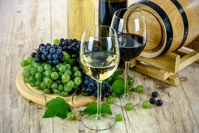 Two Types Of Wine, White, Wine, Glass, Grapes, Bottle