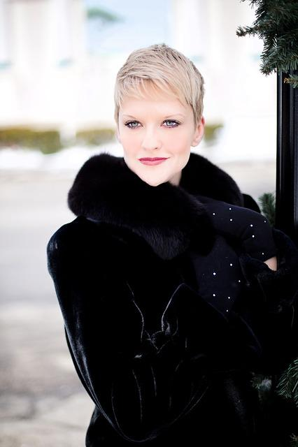 Beautiful Young Woman, Black Coat, Winter, Glamour, Fur