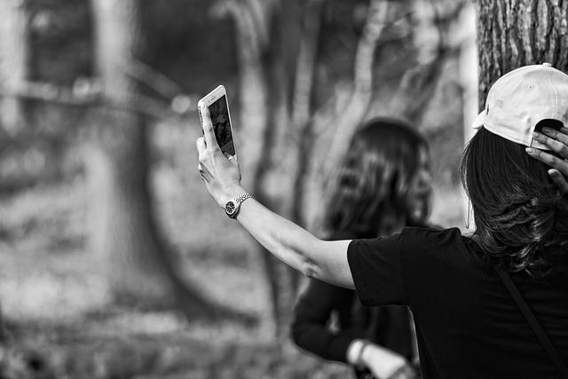 Arm, Hand, Body, Woman, Smartphone, Selfie, Picture
