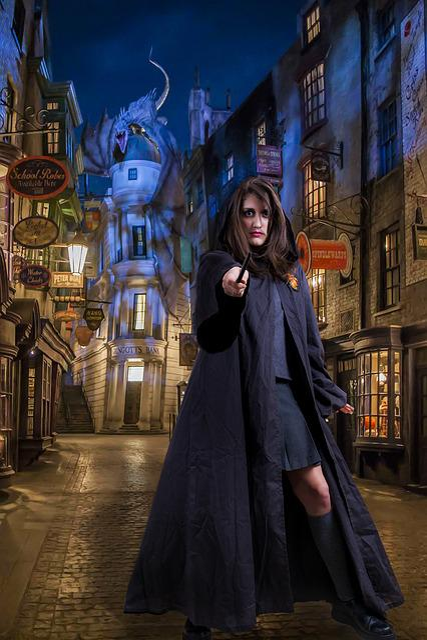 Harry Potter World, Universal Orlando, Florida, Woman