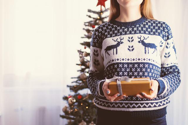 Christmas, Gift, Holiday, Woman, Girl, Female, Xmas