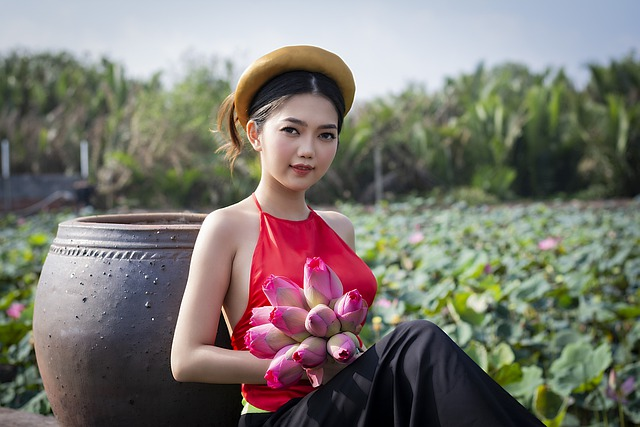 Ao Yem Vietnam Red And Black, Custom Made