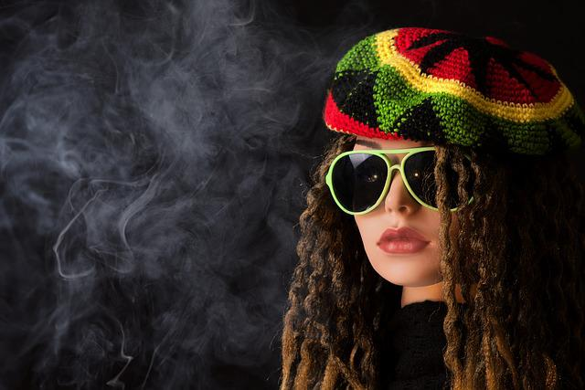 Woman, Smoke Pot, Smoking, Drugs, Smoke, Stoner