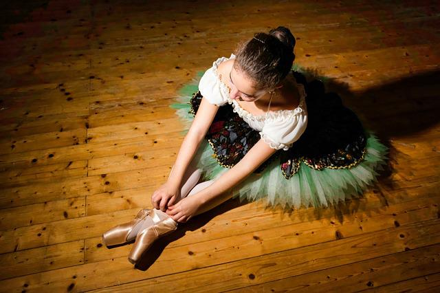 Ballerina, Teatro, Woman, Girl, Light, Dance