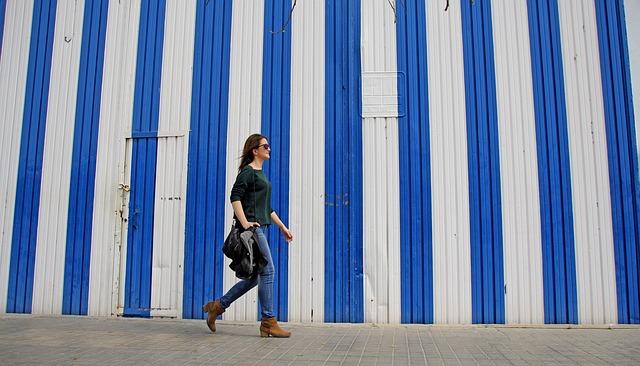 Women, Walk, City, Blue, Good Looking, Bella, People