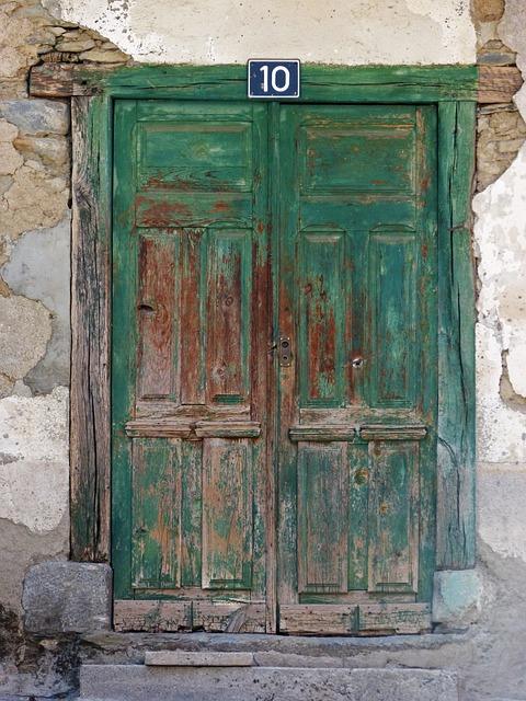 Door, Portal, Old, Wood, Vielha, Val D'aran, Tousled