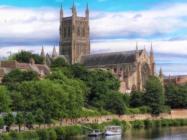 Worcester, England, Cathedral, Church, Architecture