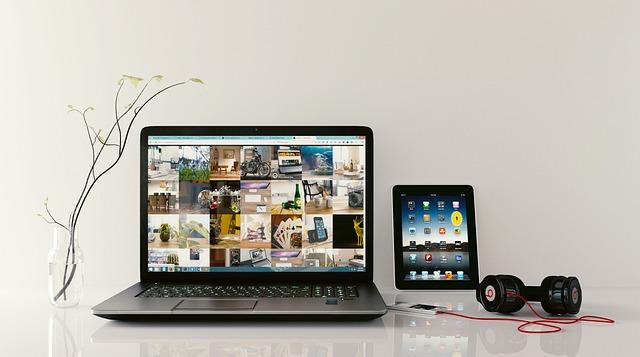 Laptop, Workstation, Browsing, Tablet, Computer, Desk