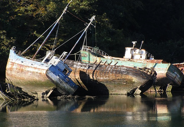 Boats, Old Ships, Wrecks, Brittany, Sea, Holiday, Coast