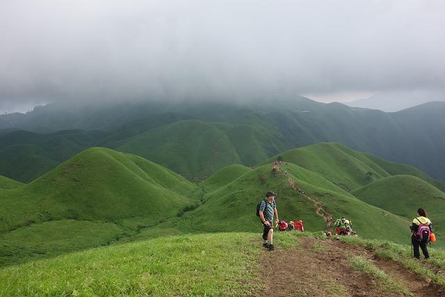 Wugongshan, Staff, Climbing