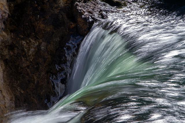 Yellowstone National Park, Lower Falls, Waterfall