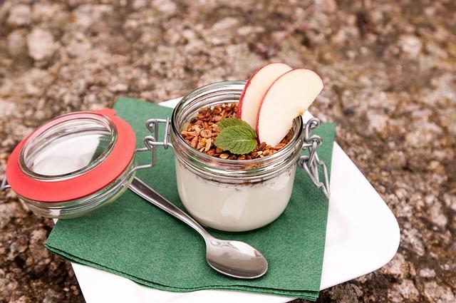 Glass, Yogurt, Dessert, Apple, Column, Spoon, Green