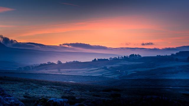 Yorkshire Dales, Pen-y-ghent, Sunrise, Cold, Frost