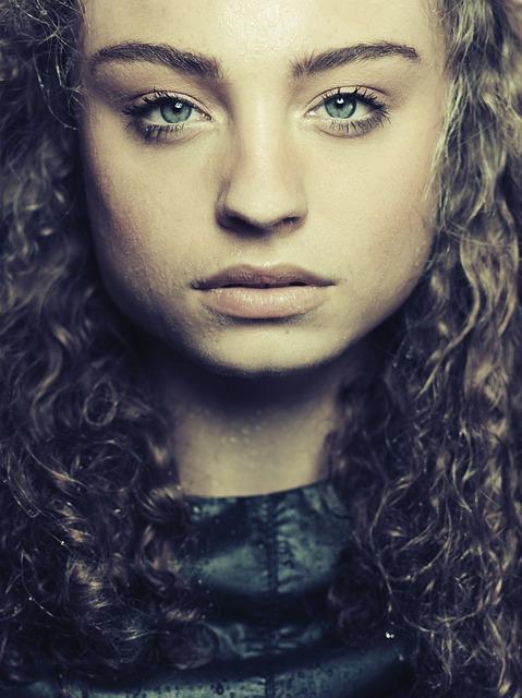 Beauty, Wetlook, Closeup, Fierce, Woman, Young