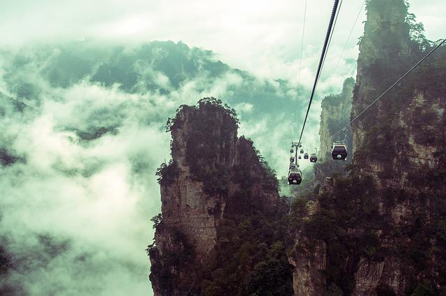 Stone Peak Forest, Car 纜, A Surname Mist, Zhangjiajie